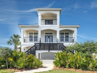 ALL ABOUT COASTAL STYLE... VERY MODERN!!   NEWLY RENOVATED