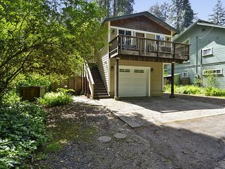 Up and Away! ~ Near River Beach. Spa, Fenced & Dog Friendly!