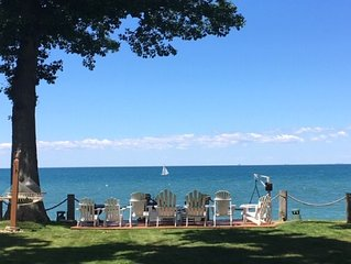 *Amazing Fall Lakefront Getaway - Long Term Rental Opportunity As Well*