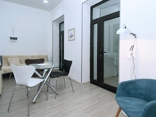 Fully equipped, newly renovated bright apartment in the heart of Tbilisi