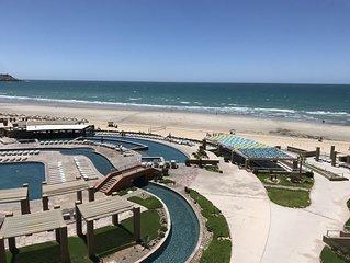 Las Palomas, 4 Star Resort, NEW Beautiful Beach Front Resort Largest 2 Bedroom