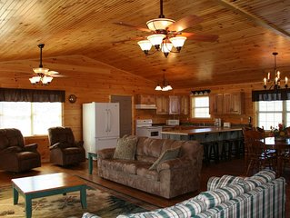 Beautiful 4 Bedroom 2 Bath Near Pigeon Forge Free Wi-Fi and .