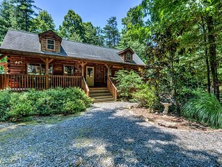 Hidden Pond - Beautiful cabin with private hot tub, easy drive to town. Includes