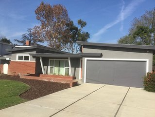 Sweet Mid-Century Fullerton House Near Disneyland!—In super quaint neighborhood