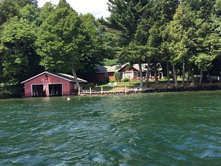 Secluded, quiet, on Lake George,Bolton Landiing great views,very relaxing, WIFI