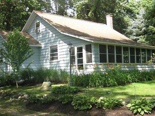 Cozy Cottage on Lake Michigan, near Saugatuck!
