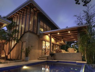 A beautifully appointed luxury home. Quiet hilltop get away, near the surf and s