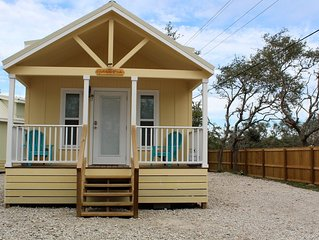 Golden Oak -Beautiful New Cottages -  Perfect Getaway for Couples