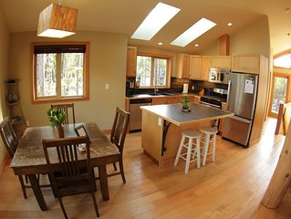 Black Bear Suite on the Inlet, close to beach!