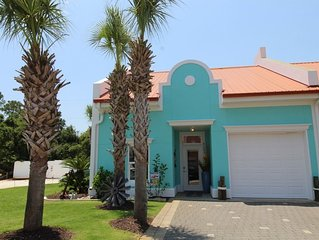 Banana Bay 6083 Townhome - Waterfront + Fab Views & Amenities!