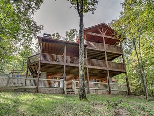 *Free Whitewater Rafting & Ziplining* Luxury rental near the Ocoee River & McCay