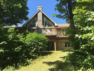 Charming, newly built cottage in the heart of Muskoka!