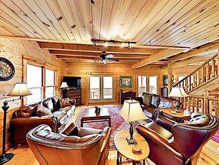 Linger Longer Lodge - All-Suite 8BR w/ 3 Decks - Near Hiking, Lake & Downtown