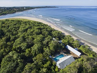 Beachfront House, Pool, Yoga lounge Amidst a 70 Acre Forest