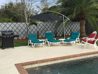 All Newly Remodeled, 2 Bedrooms With Heated Private Pool Home, Close Siesta Key