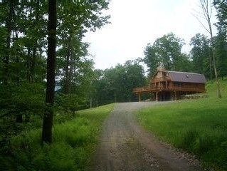 Your private log home overlooking the Delaware River, holiday rental in Kenoza Lake