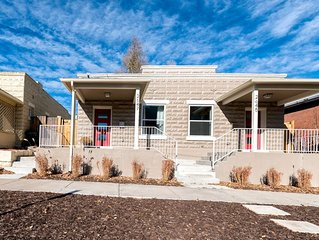 Modern Jefferson Park Duplex! Minutes to Downtown, Aquarium, Lohi and Highlands