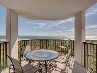 DR 1309 – Getaway to this oceanfront condo with pool and direct beach access