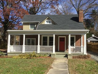 Beautifully Restored 1920s Historic Bungalow, minutes to Downtown Hendersonville