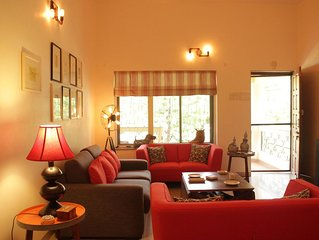 2 Bedroom luxury pool villa 2 km from Candolim  (in Nerul)