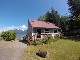 Lake Quinault Vacation Home/Best View on the Lake! New, Complete Kitchen remodel