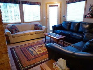 Ski In/Out, Spacious Executive 2 Bedroom Suite.