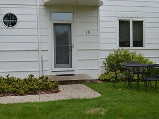 Family Resort on Lake Michigan - Terrace 18