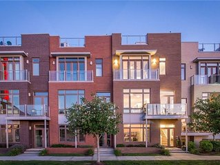 Stunning townhome with soaring lake and city views in an amazing location.