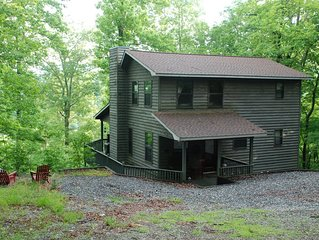 Eagles View Cabin sleeps 6 Blairsville Ga. Private Mtn Cabin.Covered Porch