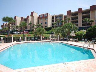 Windjammer 407, 2 Bedroom, 2 Bath, Ocean Front,  Large Balcony, Jacuzzi Tub