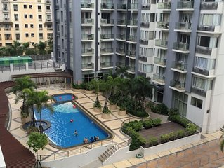 Best Location! Studio Condo near Manila Airport 5 minutes away