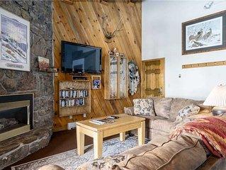 Mountain lodge feel, across the street from gondola, w/loads of resort amenities