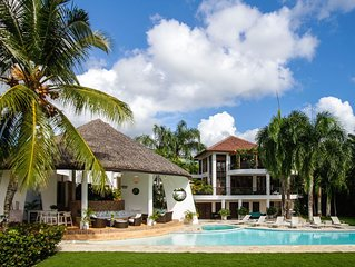 6 Bedroom-10,000 Sq Ft Tropical House at Dye Fore's #8