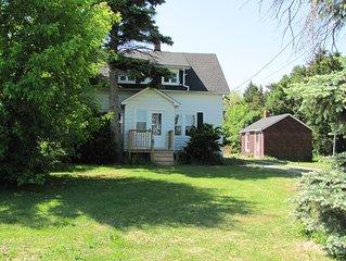 The Farmhouse: All Season Family Home