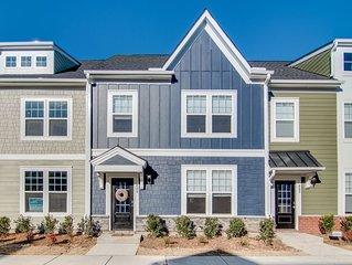 Fully furnished 3 bedroom (new build) townhome in heart of Wake Forest