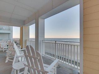 Spacious 3 bedroom 2 bath beach condo with amazing ocean views!