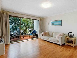 Surfers Paradise ( we not use Vrbo for book)