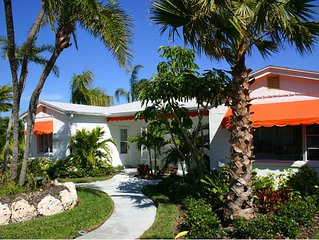 Tangerine Dream 2/2 Cottage, 2 Heated Pools, Clearwater Beach