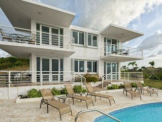 'Villa del Sol' - 1 BR/West - Panoramic Ocean View/Pool/Short Walk to the Beach