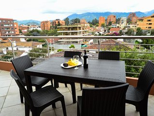 Morning Coffee on Penthouse Tce overlooking Cuenca to the Andes * Gym * Internet