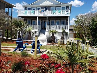 Summer Days Cooler Nights: 4 BR / 3.5 BA house in Topsail Beach, Sleeps 10