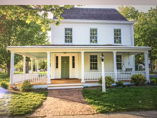 Chic, Historic fully renovated Greenport Home