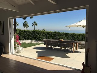 Contemporary Malibu living with spectacular views and convenient beach access