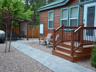 Cabin #6 is a 2 bedroom, 1 & 1/2 bath, 2-flat screen tv's.  Overlooks the creek.