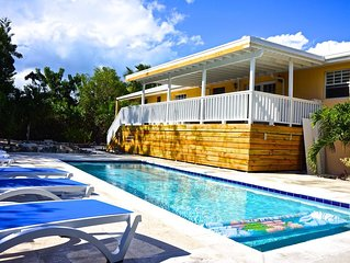 Private Pool,  Short Walk To Grace Bay Beach!  5BR, 5 bath, sleeps 14 in Beds