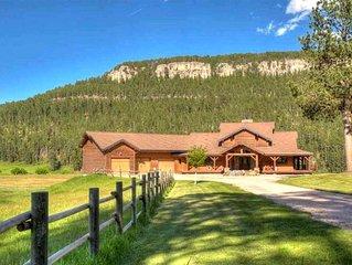 Nemo Lodge at Freebird Ranch with Pool Access (sleeps 24)
