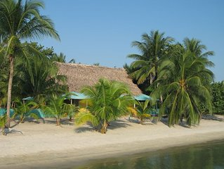 Beachfront in  Belize with all the modern Convieniences