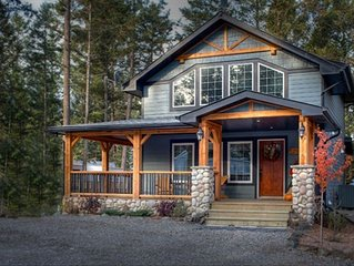 Cobblestone Cottage, Stay 3 nights, pay for 2**, Hot Springs Pool Passes Incl.