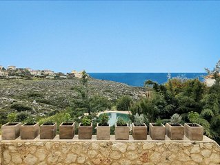 Villa Panorea 5 Bedrooms, pool, 80m path to sea, MAY SPECIAL OFFER!