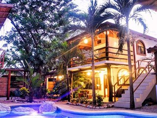 Villa Rio - Shady jungle pool, kitchen, 2 bedroom, amazing patios, walk to Samar